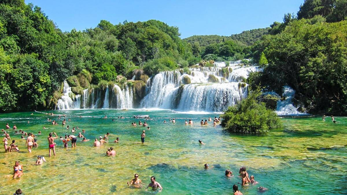 croatia-lakes-summer-travel