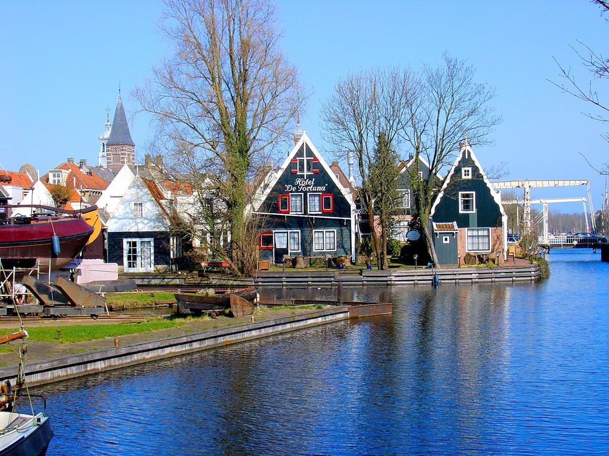 netherlands-edam-hotel-de-fortuna-canals