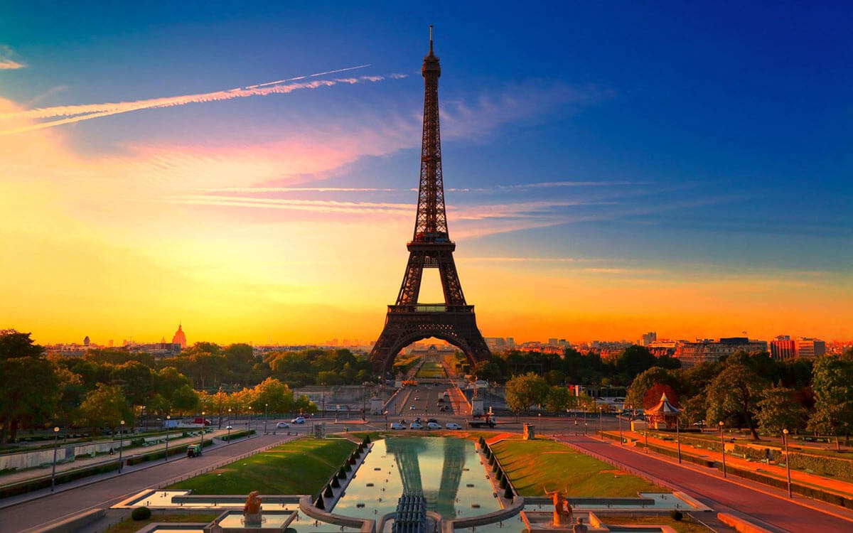 romantic-eiffel-tower-paris-france-europe