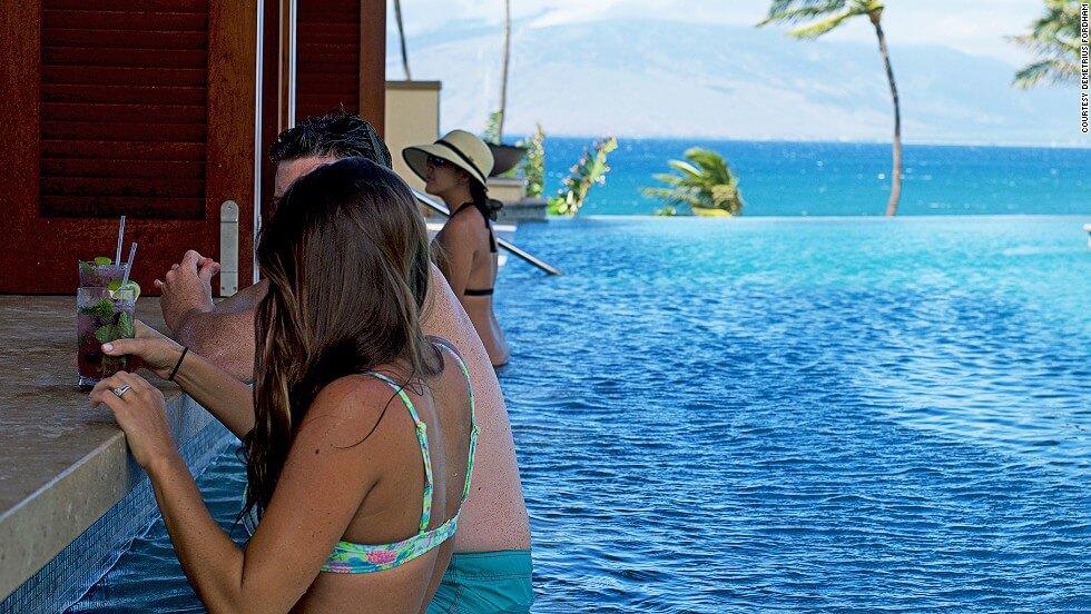 2 Serenity Pool Bar (Maui)