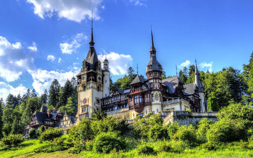 31 peles castle sinaia