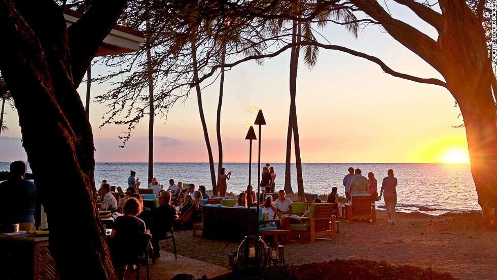 9 Lava Lava Beach Club (Big Island)